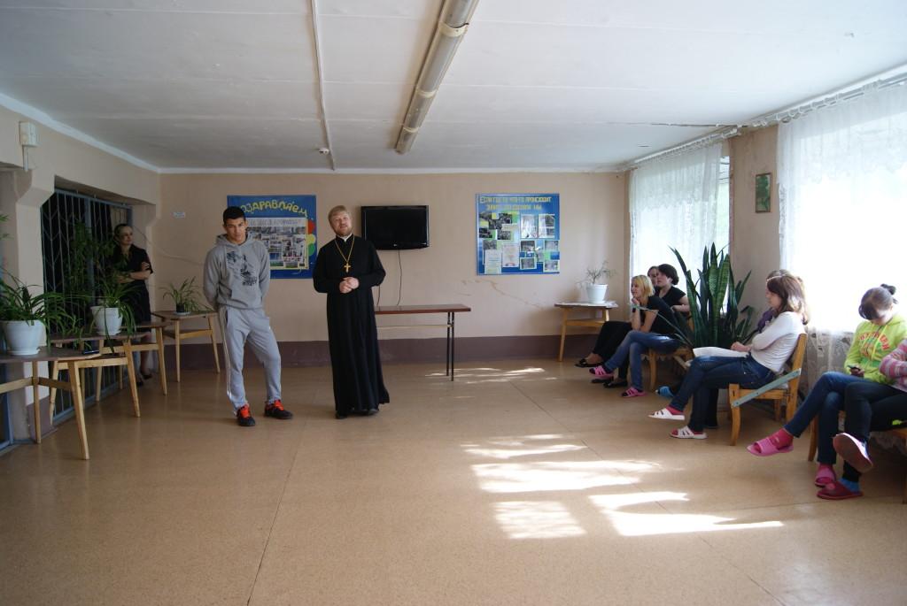 В общежитии техникума строительных технологий состоялась беседа «О важности дара жизни»