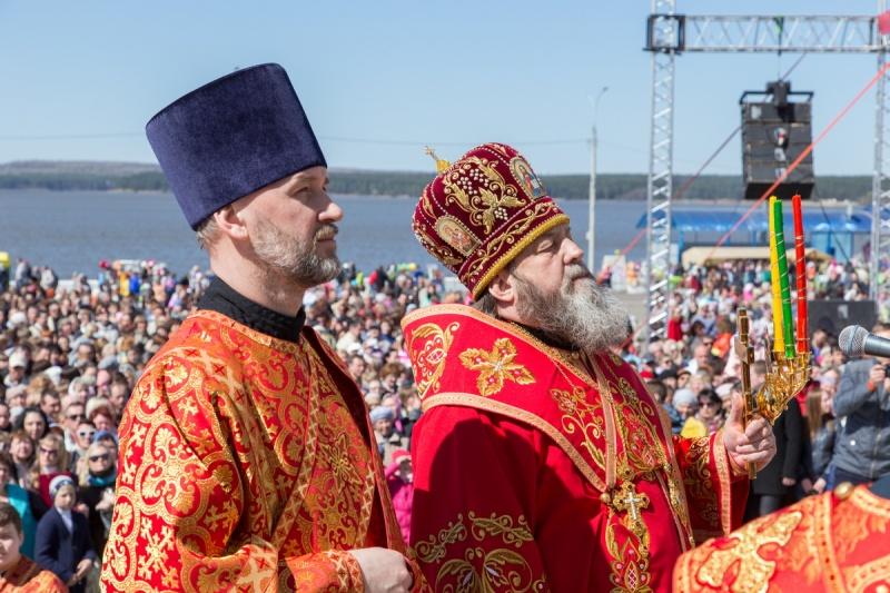 Епископ Викторин принял участие в праздничных мероприятиях, посвященных 175-летию П.И. Чайковского