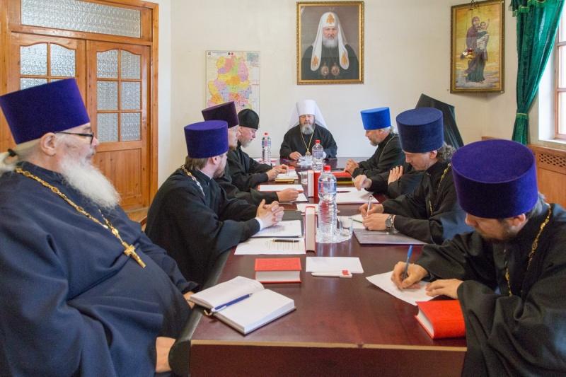Под председательством митрополита Викторина прошло первое заседание Епархиального совета