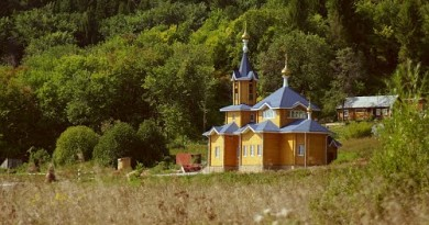 Престольный праздник в монашеской общине д. Паздеры