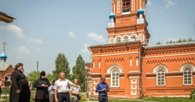 Митрополит Викторин встретился с главами Завьяловского района и МО «Люкское»