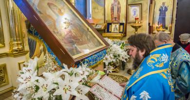 Митрополит Викторин совершил богослужение в храме свт. Алексия Московского г. Ижевска