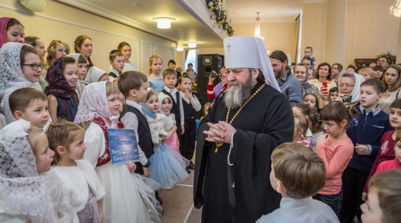 В Ижевске прошла главная Рождественская елка епархии