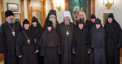 Митрополит Викторин принял поздравления с днем тезоименитства