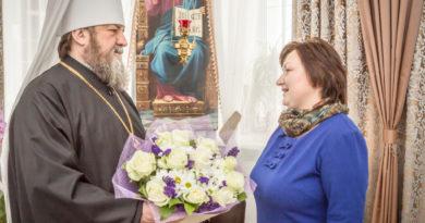 Митрополит Викторин встретился с министром социальной политики и труда УР