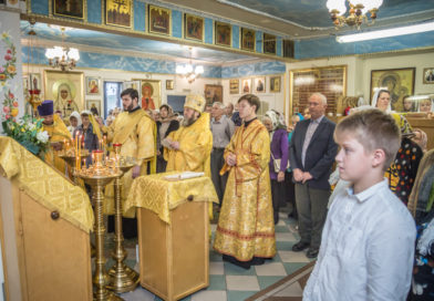 Правящий архиерей посетил храм при Автозаводской больнице г. Ижевска