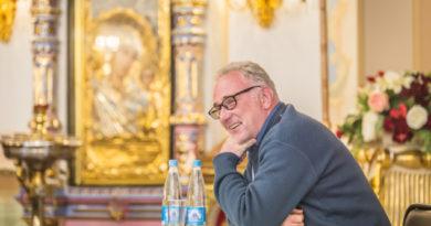 В Ижевске прошли общественные лекции и встречи с руководителем центра кризисной психологии
