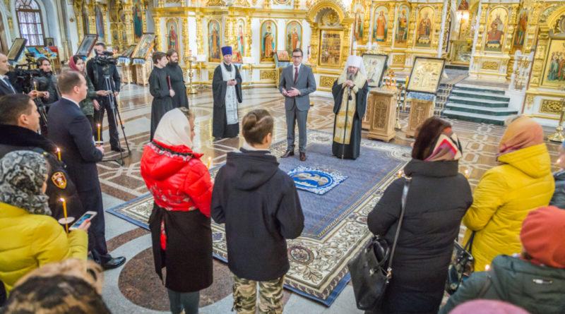 В годовщину трагедии в Михаило-Архангельском соборе помолились о жертвах обрушения жилого дома на ул. Удмуртской