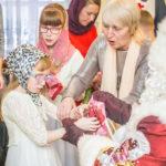 Рождественский праздник в воскресной школе для слепоглухих детей