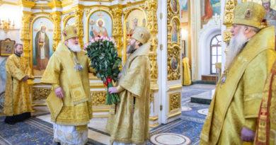 Митр. Викторин совершил литургию в день 5-летия архиерейской хиротонии