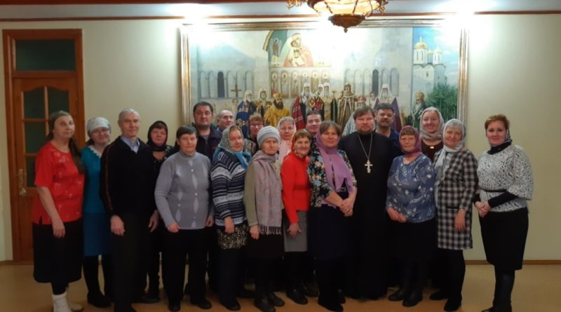 Богослужебная жизнь общины глухих во имя блж. Матроны Московской.