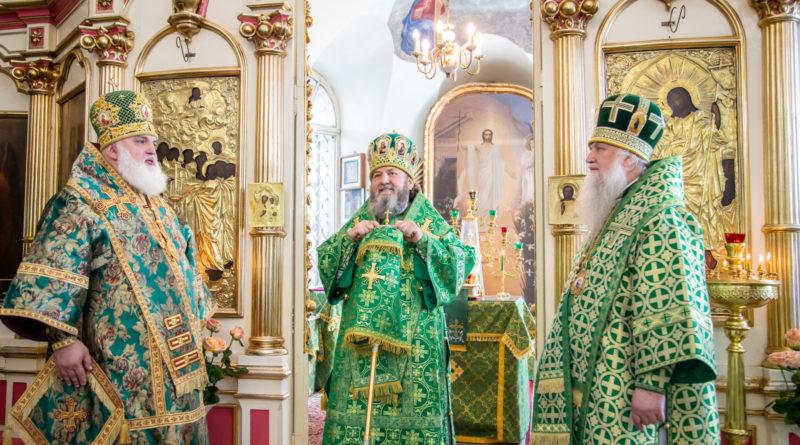 В день памяти равноап. Ольги архипастыри Удмуртской митрополии совершили литургию Сарапуле