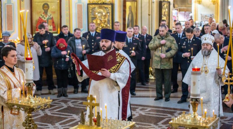 Молитва о сотрудниках МВД, погибших при исполнении долга - Михайловский собор Ижевск