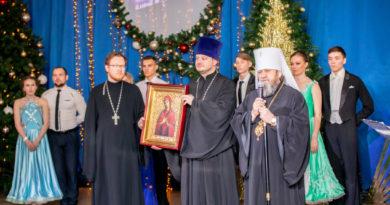 Митр. Викторин поздравил с днем студента учащихся ИжГТУ