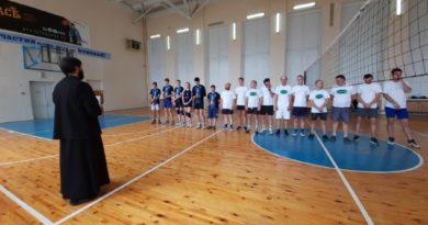В День трезвости — товарищеский волейбольный матч