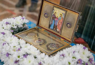 В Ижевск прибыл Пояс Пресвятой Богородицы